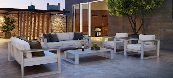 Outdoor patio furniture set with coffee table