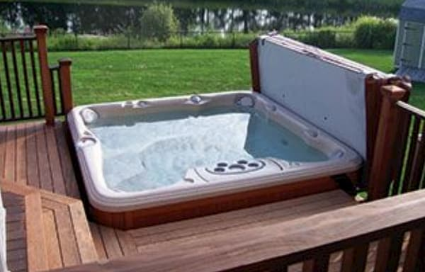 The Ultimate Hot Tub Buyers Guide Canadian Home Leisure