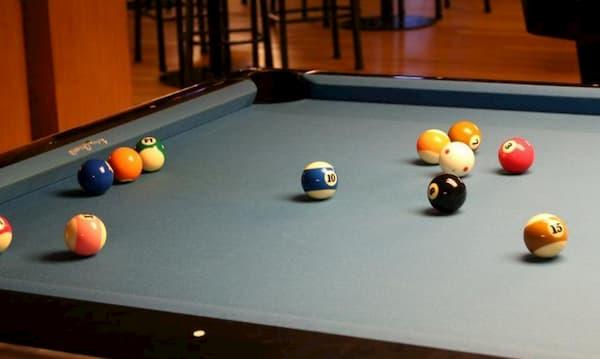 Grey felt on a pool table