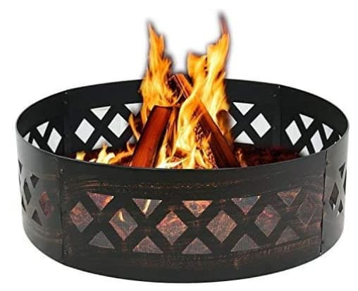 Fire ring with fire